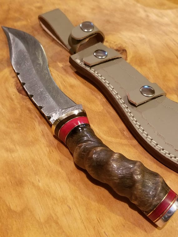Handmade Sheep Horn Handle Hunting Knife Damascus Blade Collection With Leather Sheath Premium Bowie Epic (A259)