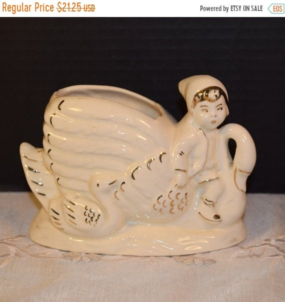 Delayed Shipping Child Swan Planter Vintage Victorian Christmas Ivory Swan Gold Accents Decorative Gilded Planter Vanity Dresser Bathroom De