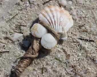 Seashell Boutonniere, Beach Wedding Boutonniere, Men's Boutonniere, Beach Boutonniere
