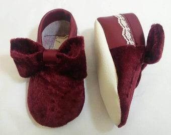 Maroon velvet shoes