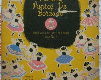 Vintage embroidery book.Embroidery patterns.Needlework design.Handmade. Craft supply.Needlecraft.Bordado.Printed in Great Britain.Clark&Co.