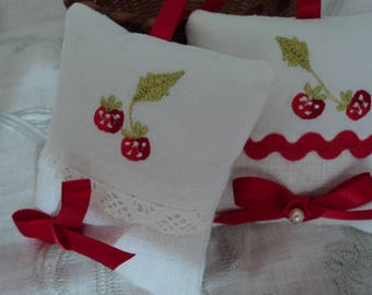 2 red and white door cushions embroidered Strawberry - 2 small cushions red and white lace and rickrack - 2 pillows to hang