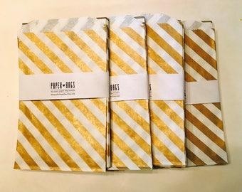 20 Medium Paper bags - Metallic Gold Diagonal Stripe - Package embellishment - Goodie bags - Popcorn bags - BBQ - Food - Candy -
