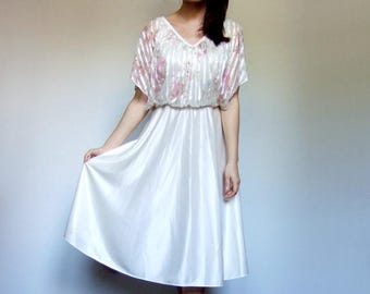 Bohemian Dress Vintage Off White Dress Sheer Floral Print Dress 1970s Boho Dress - Extra Small to Small XS S