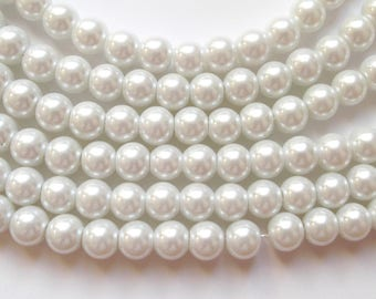 20 round beads pearly white 8 mm Czech glass