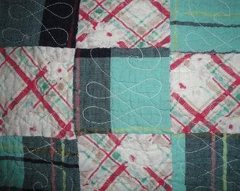 Antique Quilt Piece | Old Quilt Piece | Vintage Quilt Piece | Cutter Quilt Piece