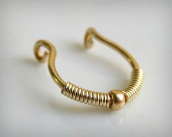 FAKE SEPTUM Ring - Fake Nose Ring - Fake Piercing