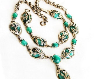 Green Moon Glow Matching Necklace and Bracelet Set