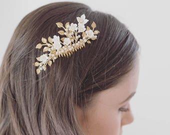 Bridal Hair Comb Gold, Leaf Bridal Hairpiece, Floral Hair Comb, Floral Hairpiece, Gold Comb