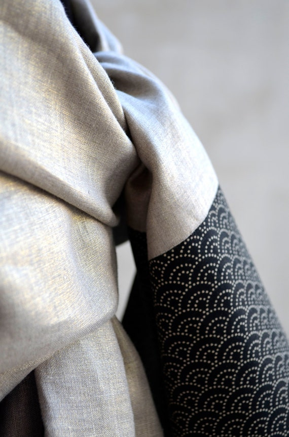 """Stole golden linen and Japanese fabric """"Seigaiha waves."""" Japanese graphic pattern. Shawl Scarf for ceremony and wedding"""