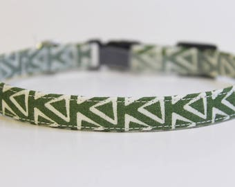 Green Cat Collar Geometric | Breakaway Cat Collar | Handmade | Adjustable | Small Dog Collar | Safety Cat Collar | Pet Accessory | Pet Gift