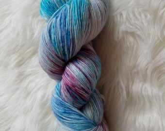 Soft Spoken-Fingering Weight Singles Yarn. 100% Superwash Merino Wool, 437 Yards