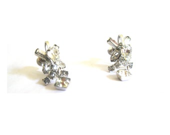 Earrings Silver Rhinestone Dangle Screwback 1960s