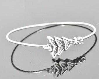 Christmas Tree Bangle, Sterling Silver Bangle, Christmas Tree Bracelet, Stackable Bangle, Christmas Bangle, Christmas jewelry, Christmas