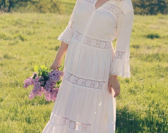 MAYFAIR Vintage 1970's Wedding Gown Gauzy White Cotton and Lace