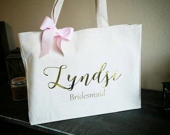 Bridesmaid Tote. Bridesmaid Bag. Personalized Tote. Personalized Name Tote. Wedding Day Tote. Bridal Tote. Bride Bag.