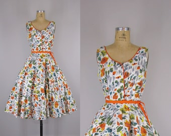 1950s Vintage Cotton Sundress  / 1950s Cotton Floral Sundress  / 50s Full Skirt Sundress with Rhinestone Buttons
