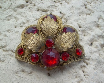 Old Vintage Gold Gilt and Red faceted Glass Filigree style Ornate fur or dress clip, Great for altered art, Bridal Bouquet etc.