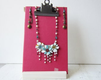 One Clipboard Display with Wooden Stand - Sign Holder -  Necklace / Earring Display - Photo Holder - Raspberry Red - Ready to Ship