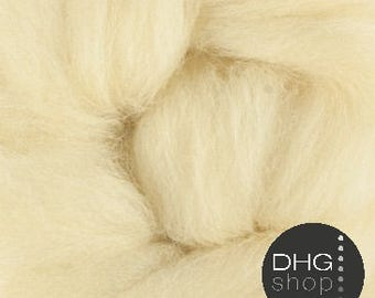 """Superfine merino, 19 microns,""""thyme"""" pale yellow wool roving, sliver, tops"""