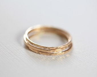 gold stacking rings, skinny rings, hammered rings - set of 3 stackable ring set