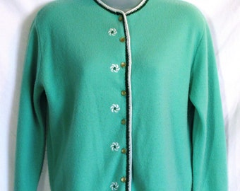 Vintage 1960s Mint Green Sweater