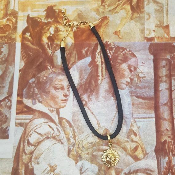 90s Sun Choker Necklace - Vintage Grunge Satin Cord Gold Sun Celestial Accessory - Nineties Black and Gold Sunshine Celestial Charm Necklace