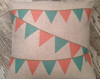 Pennant pillow cover