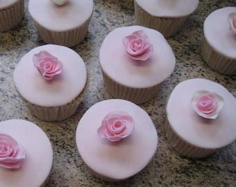 12 x small edible cupcake roses