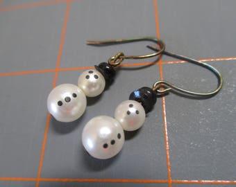 Vintage Faux Pearl Snowmen Drop Earrings