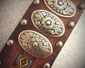 SOUTH x SOUTHWEST CUFF #1 hand made, hand carved and hand painted leather cuff with Diablo conchos and studs