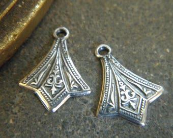 SET of 2 PENDANTS charms of old VINTAGE silver METAL medieval INSPIRATION