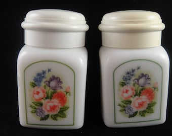 Avon Milk Glass Jars Country Garden Country Powder Sachet