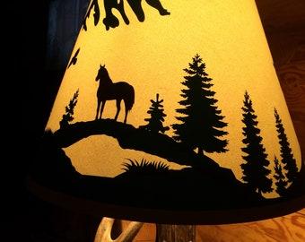 Horse scene lamp shade