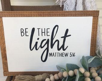 Le signe clair, indpirationsal art, les signe chrétien, à la main peint signe, ferme bois, la lumière