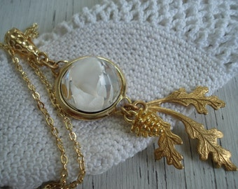 SALE Vintage White Faceted Givre Glass Pendant Necklace Gold Oak Leaves Pinecone Forest Woodland