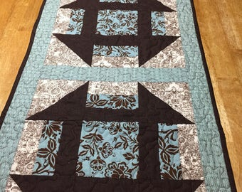 Quilted Table Runner/Monkey Wrench Table Topper