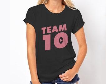 Team 10 Pink Women tee T-shirt how I met your mother