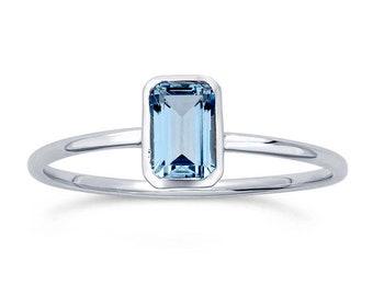 Blue Topaz 14K White Gold Ring, Emerald Cut, Octagon Gemstone Ring, Gifts for Her, Topaz 14K White Gold, slim band, Sky Blue Topaz
