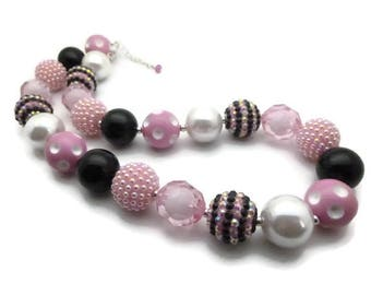 Necklace black pink acrylic beads