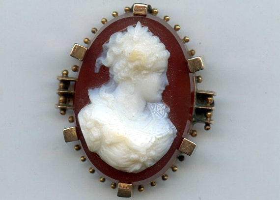 FREE SHIPPING-Antique-Victorian-Edwardian-1880's-Ladies Bust-Cameo-14K Gold-Carnelian Agate-Hard Stone-High Relief
