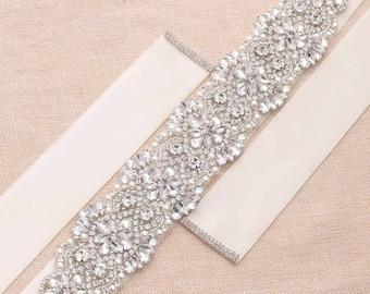 Rhinestone Pearl Bridal Sash/ Embellish Sash / Wedding Sash/ Bridal Belt/ Crystal Wedding sash