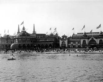 "1907-1911 Santa Cruz Beach Boardwalk, California Vintage Photograph 8.5"" x 11"""