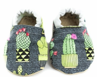 Cactus baby shoes, baby moccs, moccasins, baby booties, crib shoes, summer baby, baby gift, baby shower gift