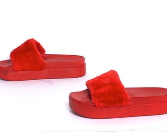 size 9 FUZZY red fur 90s PLATFORM summer slip on SLIDES