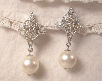 TRUE Vintage Art Deco White Ivory Pearl & Crystal Rhinestone Bridal Dangle Earrings, Clip On Back EXQUISITE Fleur-de-lis Drop Earrings 1920