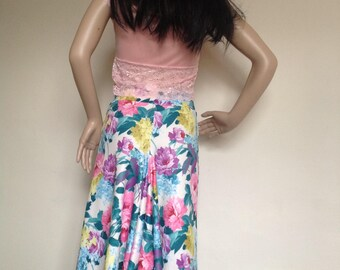 Argentine tango skirt with pencil front and fuller back in sizes small - large