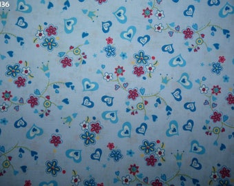 Fabric Z136 hearts and flowers on blue coupon 35x50cm