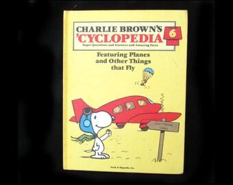 Charlie Brown book - charlie Brown cyclopedia - air plane book -   learning book - vintage children book -volume  6 -      # 4