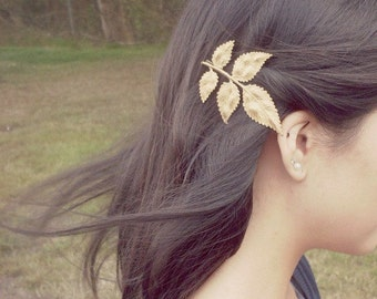 Large Gold Leaf Bobby Pin Bridal Hair Clip Bride Bridesmaid Botanical Nature Rustic Woodland Wedding Accessories Womens Gift Spring Fall